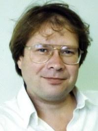 Dr. Glenn  Vinnicombe