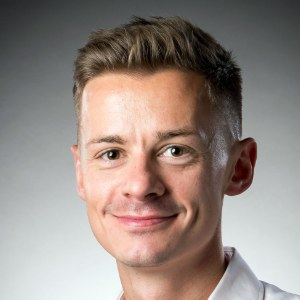 Dr John  Orr