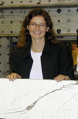 Dr. Janet  Lees