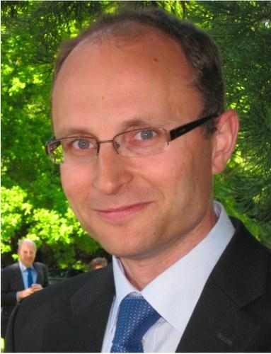 Dr. Matthew  Juniper