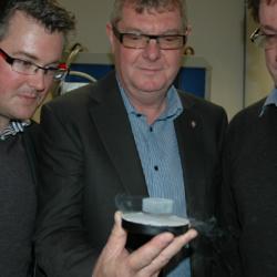 Cambridge Engineers Break Superconductor World Record