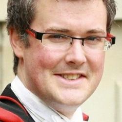 Dr Mark  Ainslie
